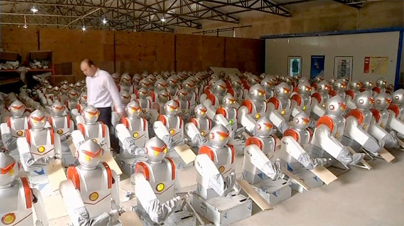 Chinese-robot-noodle-making-army